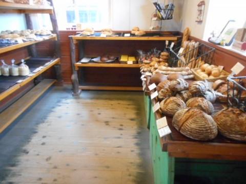 今日もインノINNOのドイツパンで幸せ