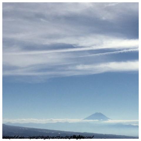今日の富士山と雲は幻想的