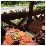 今日は暖かいのでモコカフェのテラスでブランチ