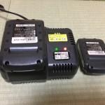 充電式電動草刈り機の予備の充電器